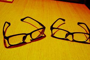 今メガネと言えばあれですわ