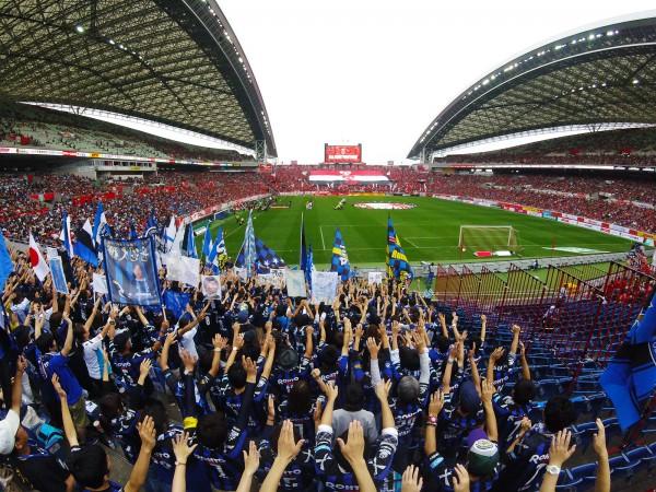 アウェイ埼玉スタジアムのガンバ大阪ゴール裏
